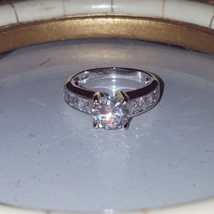 Size 6 925 ring